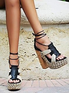 boho chic shoes