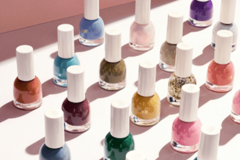 H&M polishes