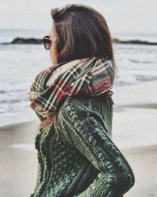 street-style-heavy-knit-tartan