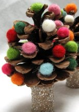 alternative-christmas-tree-pinecone