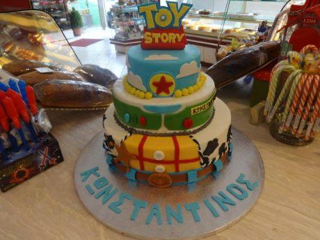 amazing toy story cake