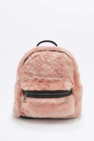 faux-fur-bag-teddy-bear-urbanoutfitters