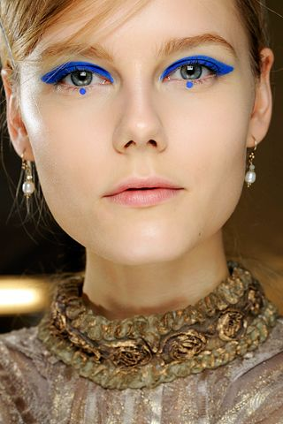 bold make up trend s