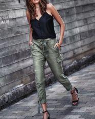 cargo pants style