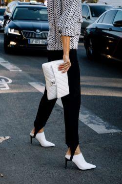 striup pants 80s style