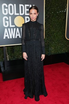 alicia-vikander-2018-golden-globe-awards louis vuitton