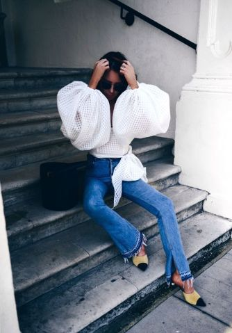 white puffy sleeve top