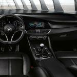 2017 Alfa Romeo Giulia Interior