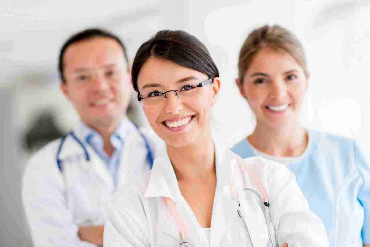 https://i2.wp.com/topchiropractornyc.com/wp-content/uploads/2015/12/doctors.jpg?w=1200