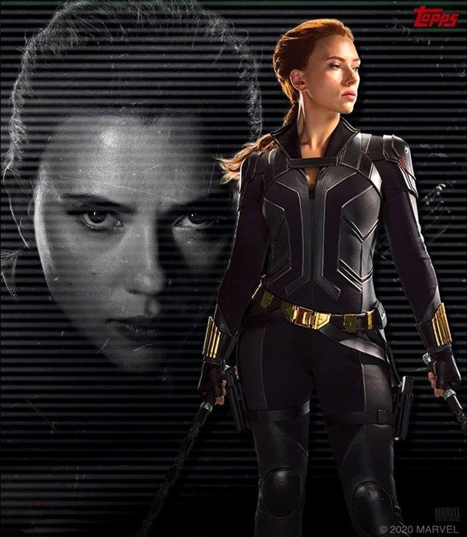 nouveau costume Black Widow Topps