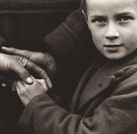 Dorothea Lange. Campesinos irlandeses. 1954. ©Dorothea Lange Collection. Oakland Museum, California. Colección Lola Garrido