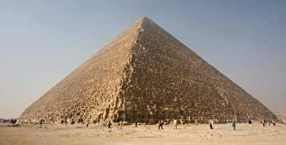 Veľká pyramída v Gíze Divy staroveku