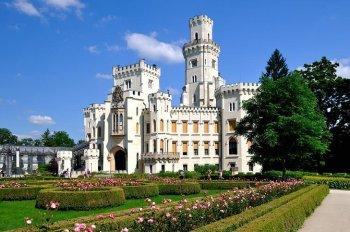 3. Hrad Hluboká Najkrajší hrad v Česku