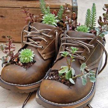 Kvetináče z topánok