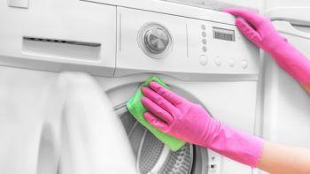Ako mať práčku bez zápachu Zápach z pračky , Smrad z pračky - príčiny a ako sa ho zbaviť .
