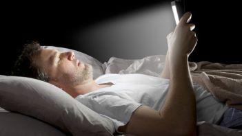 Umelé svetlo prečo zle spim