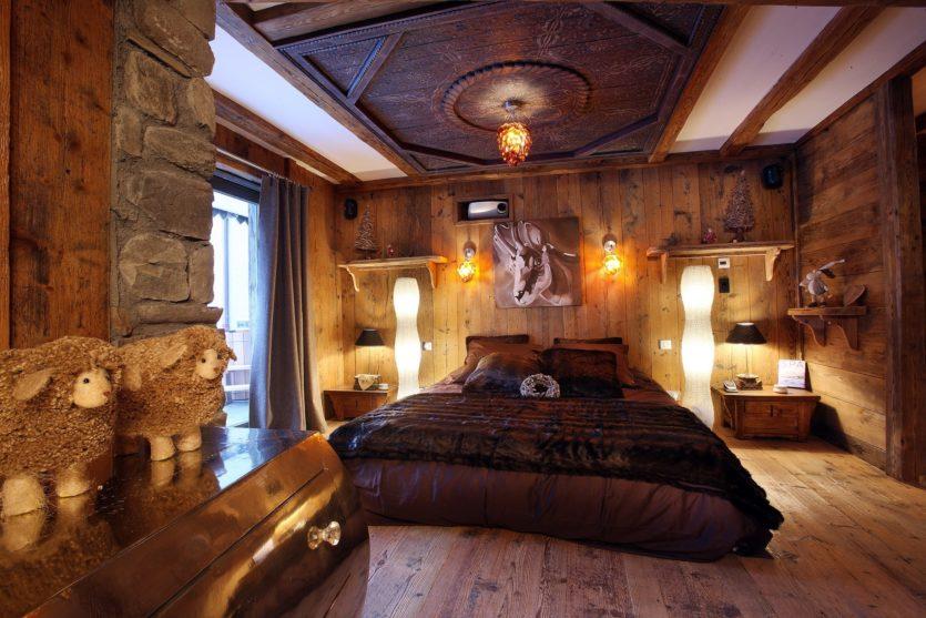 красивые спальни дизайн фото в доме частном 1