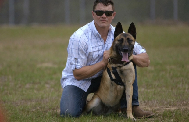 Touching Military Dog Shot 4 Times, Saves Soldiers' Lives