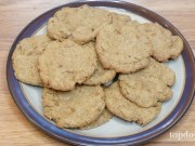 banana and peanut butter dog biscuits