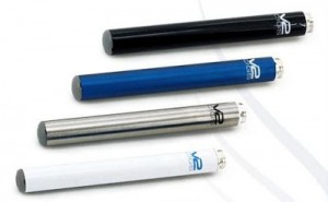 V2-Cigs-batteries-colors-white-black-stainless-steel-metalic-blue