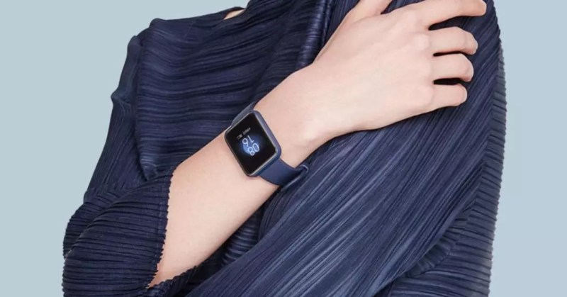 Smartwatch Xiaomi Redmi Watch in uso
