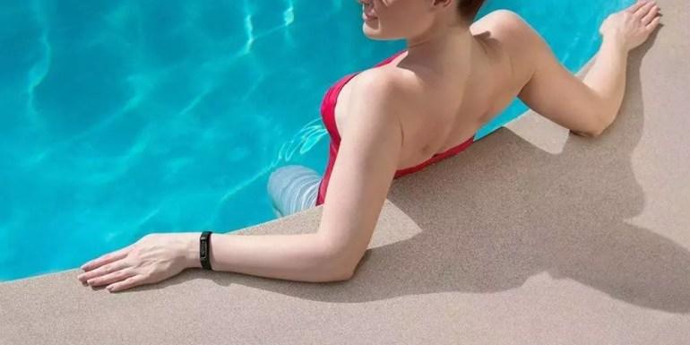using the Garmin Vivosmart 4 in the pool