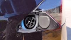 Enchufe integrado en el Tesla Model S P100D