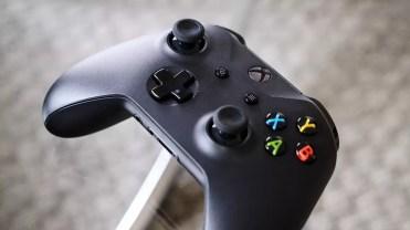 Mando de la Xbox One X