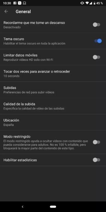 Modo oscuro de YouTube activado