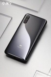 Xiaomi Mi 9 de color gris