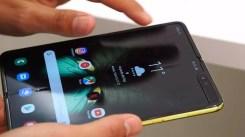 Linea en la pantalla del Samsung Galaxy Fold