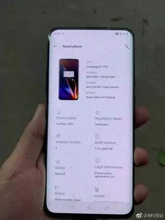 Imagen frontal del OnePlus 7 Pro