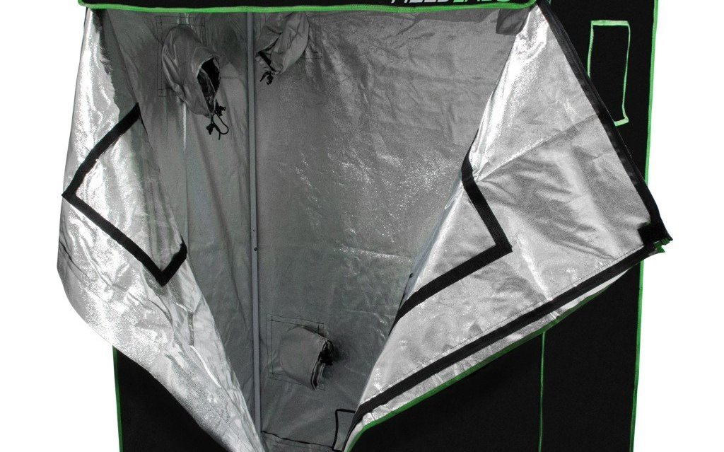 Mini grow tent