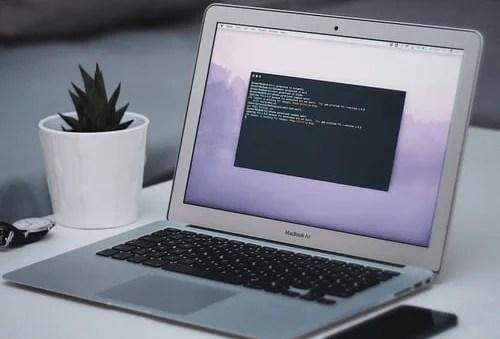 Código en pantalla