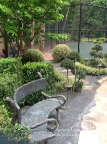 topiary-courtyard-product-w81