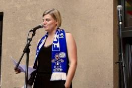 Finalistin Inga Hilbig beim Fußball Slam Juni 2018 Beyerhaus Leipzig Topical Island Poetry Slam