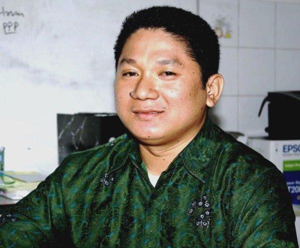 Teks Foto: Gus Din atau RB. Syafrudin Budiman SIP, Intelektual Muda Muslim (Istimewa)