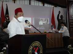 Ketua KITA JAKARTA memaparkan pandanganya dalam Kerapatan Indonesia Tanah Air (KITA) menggelar Musyawarah Nasional (Munas) di Hotel Preanger Bandung, Rabu, 28 Oktober 2020