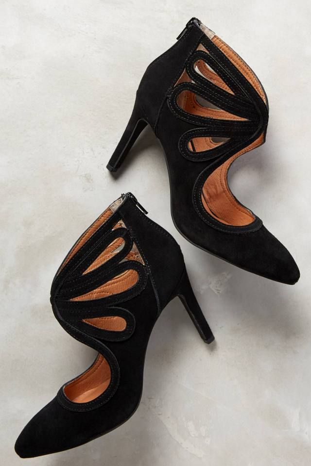 Lindeza Heels in Black