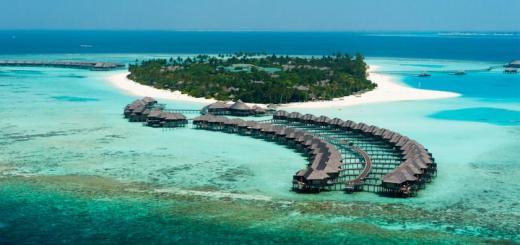 Top 10 Most Beautiful Underwater Hotels