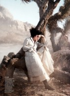 fashion_scans_remastered-edie_campbell-vogue_usa-march_2014-scanned_by_vampirehorde-hq-3