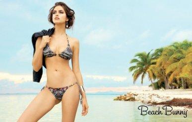 800x509xirina-shayk-beach-bunny-spring-2014-4.jpg.pagespeed.ic.VPKiuG5bK3