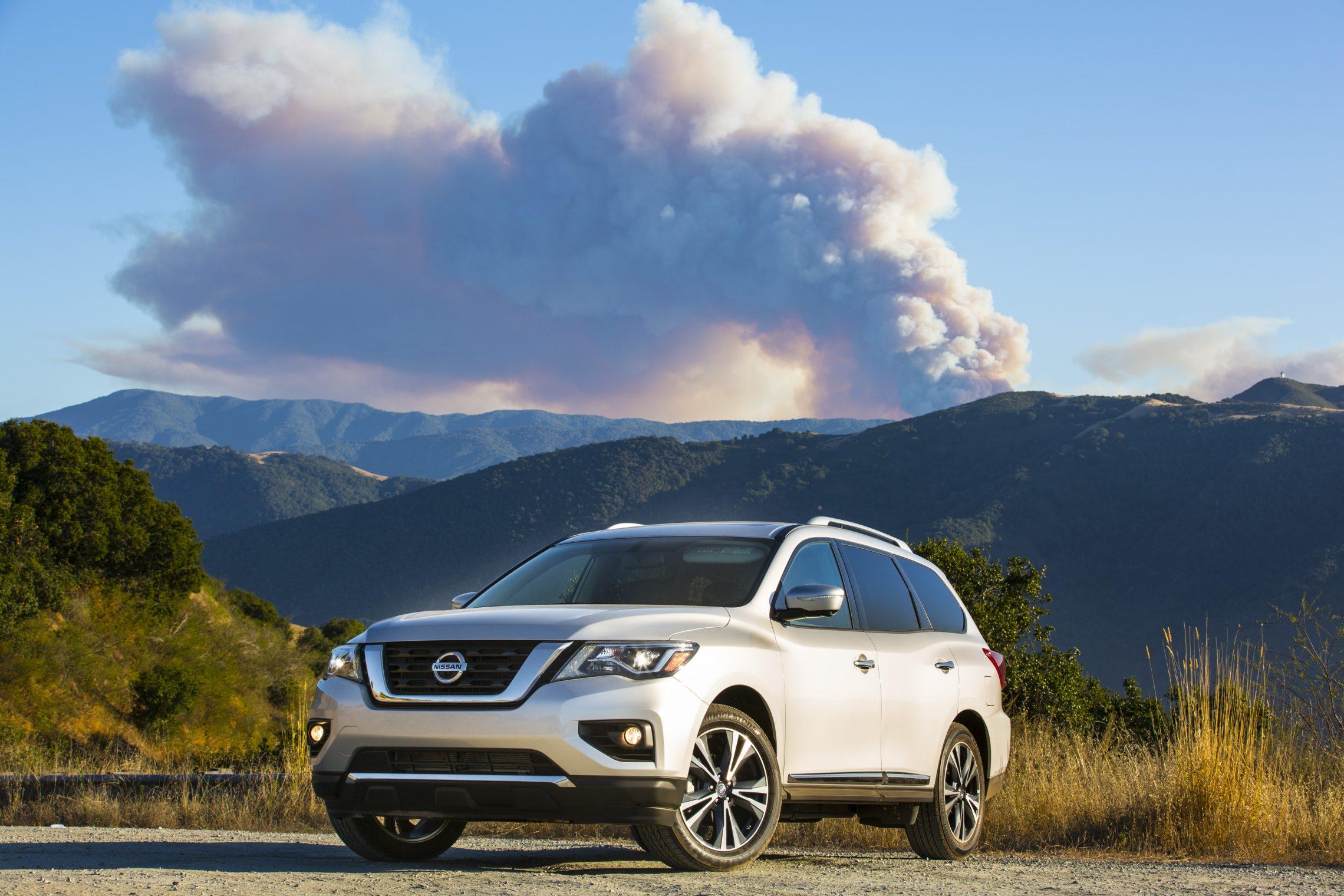 2018-Nissan-Pathfinder-Front