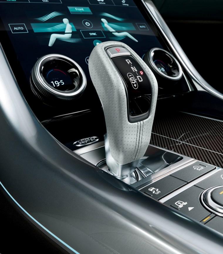 2018 Range Rover Sport SVR - Interior Front Console