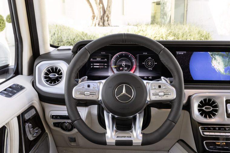 2019-Mercedes-Benz-G-Class-Interior-Driver-Dash