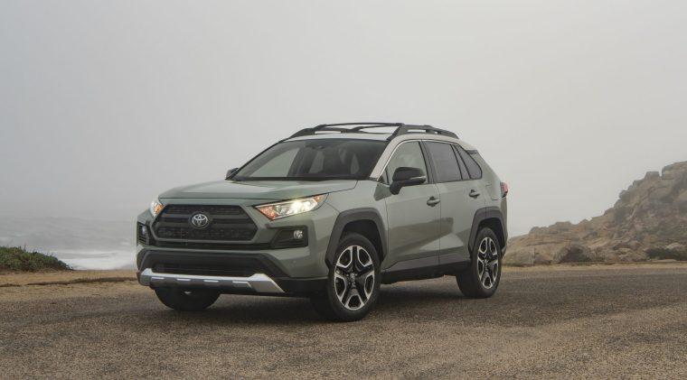 2019_Toyota_RAV4_Trail-Front