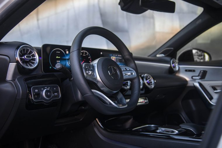 2019-Mercedes-Benz-A-220-Interior-Dash
