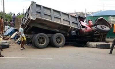 Truck accident kilss-Ibadan topnaija.ng