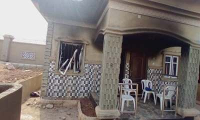 Angry youths destroyed Monarch palace in Osun [PHOTOS]-TopNaija.ng