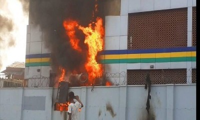 Unknown gunmen raze another police station in Imo, free suspects-TopNaija.ng